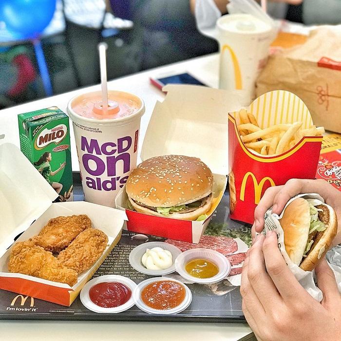 Đồ ăn nhanh là nguyên nhân gây nguy cơ tiểu đường