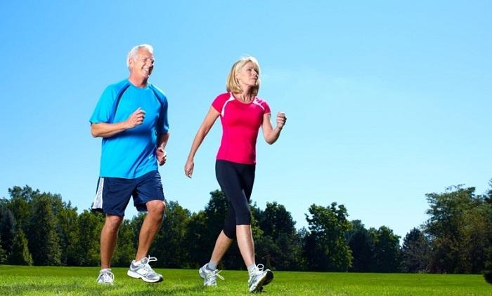 Vận động nhẹ nhàng nâng cao sức khỏe phòng tránh huyết áp thấp