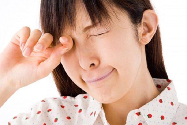 Tổn thương dây thần kinh gây sụp mí mắt
